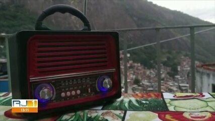 Moradores da Rocinha usam tecnologia para divulgar medidas de combate à Covid-19