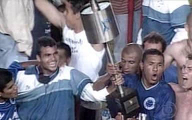 Em 2000, Cruzeiro é tricampeão da Copa do Brasil