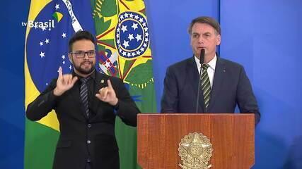 Em posse, Bolsonaro afirma que 'sonho de Ramagem na PF' brevemente se concretizará