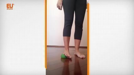 Exercícios com bolinhas para trabalhar a mobilidade e a força dos pés