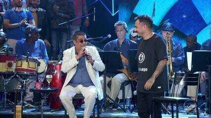 Zeca Pagodinho e Marcelo D2 dividiram os vocais em 'Maneiras'