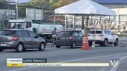 Barreiras impedem a entrada de turistas em Guarujá