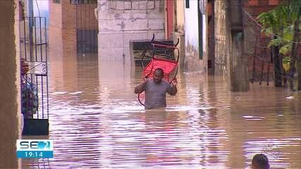 Chuvas causam prejuízos e deixam famílias desalojadas em Laranjeiras