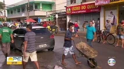 Jaboatão continua com muitas aglomerações e pessoas sem máscaras