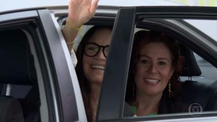 Regina Duarte deixa Secretaria de Cultura menos de três meses no cargo