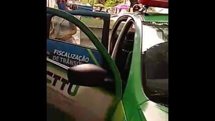 Mulher dá à luz bebê dentro de viatura de trânsito no Recife