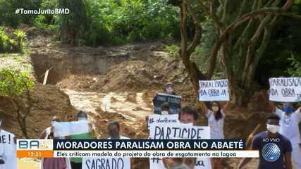 Moradores da região da Lagoa do Abaeté fazem protesto contra obra no local