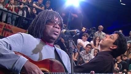 Milton Nascimento canta 'Coração de Estudante'