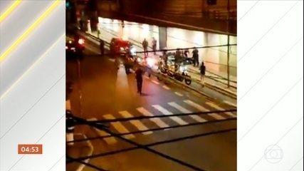 Imagens mostram confusão na parte final da manifestação em SP