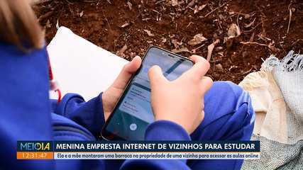 Menina empresta internet de vizinhos para estudar