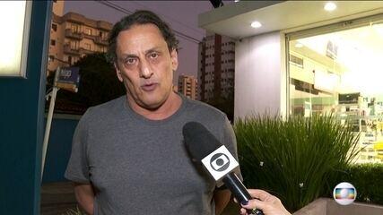 Wassef, dono do imóvel em que foi preso Queiroz, nega tê-lo escondido