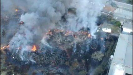 Incêndio atinge galpão de fábrica de tecidos em Mairinque