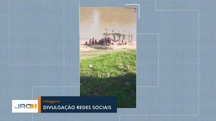 Vídeo mostra aglomeração de banhistas no Rio Acre em Rio Branco
