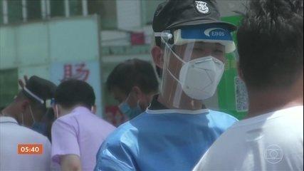 China luta para reduzir novos casos de coronavírus em Pequim