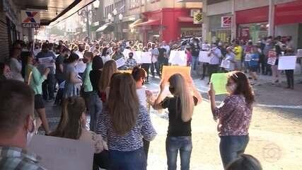 Florianópolis entra em alerta para aumento de risco de contágio