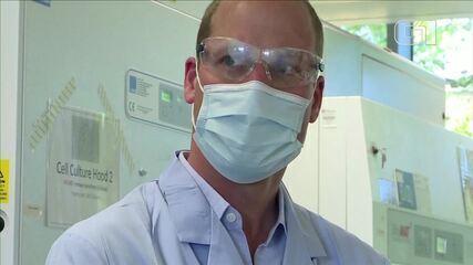 Príncipe William visita cientistas de Oxford que trabalham em vacina para Covid-19