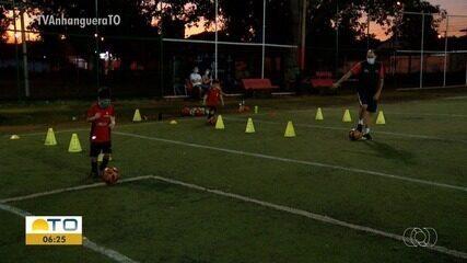Escolinhas de futebol começam a retomar as atividades em Palmas