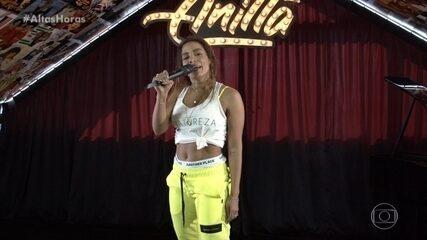 Anitta canta 'Desce Pro Play (PA PA PA)'