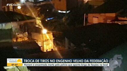 Moradores do Engenho Velho da Federação registram tiroteio entre traficantes; veja imagens