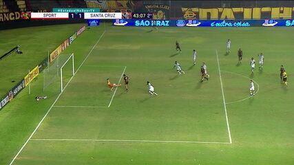 Inacreditável! Hernane perde um gol que parecia feito na Ilha, aos aos' do 2T