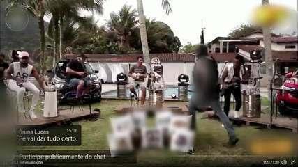 Tiroteio interrompe transmissão de grupo de pagode no RJ