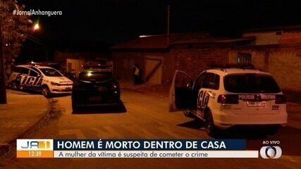 Mulher é presa suspeita de matar companheiro com pedaços de espelho e garrafa, em Goiânia