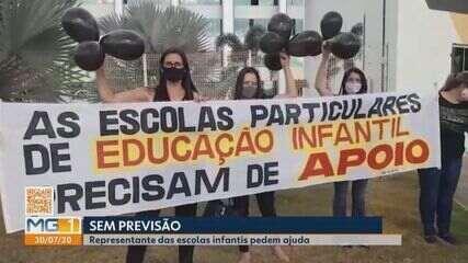 Representantes de escolas infantis particulares manifestam em Divinópolis