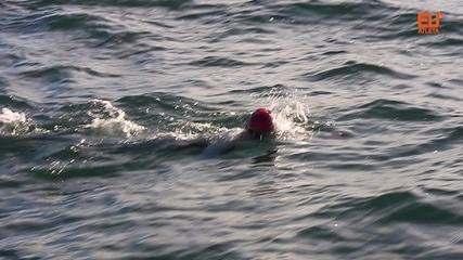 Mariana Chevalier se torna a mais jovem brasileira a atravessar o Canal da Mancha a nado
