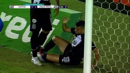 Gol da Ponte Preta! Após escanteio e bate-rebate, bola sobra para Bruno Rodrigues empatar, aos 4 do 2º tempo