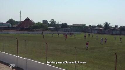 Goleiro Bruno marca de falta em treino do Rio Branco-AC, no CT José de Melo