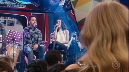Manu Gavassi relembra quando cantou junto com Júnior