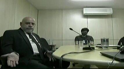 Chefe de gabinete diz que costumava ir com Flávio Bolsonaro à PF para visitas instituciona