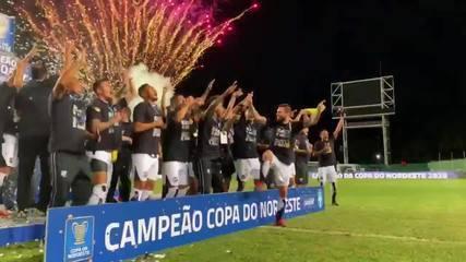 Ceará é bicampeão da Copa do Nordeste; assista à festa