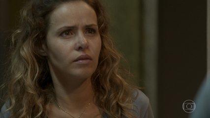 Gilda descobre que Dino está chantageando Eliza