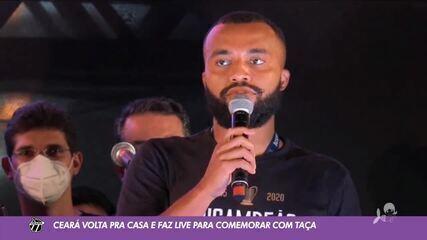 Ceará volta à capital com taça da Copa do Nordeste e faz festa com Guto Ferreira