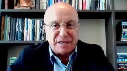 Salim Mattar diz não ter conversado com Bolsonaro sobre saída de cargo
