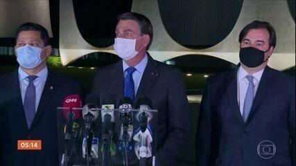 Na véspera, Bolsonaro reuniu políticos e ministros para dizer que governo respeitará o teto de gastos
