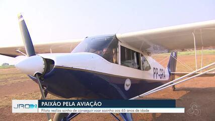 Piloto realiza sonho de conseguir voar sozinho aos 65 anos de idade