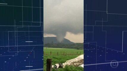 Dois tornados causam destruição e prejuízo em Santa Catarina