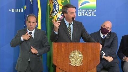 Bolsonaro chama 'pessoal da imprensa' de 'bundão'