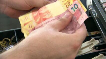 PIB tem tombo recorde de 9,7% no 2º trimestre e Brasil entra de novo em recessão