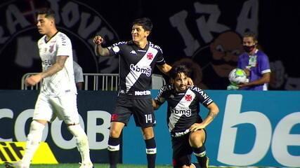 Gol do Vasco! Benítez puxa contra-ataque e toca para Cano abrir o placar aos 6 do 1º tempo