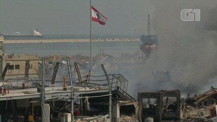 Área do porto de Beirute tem rescaldo de fogo e destruição mais de um mês após explosão
