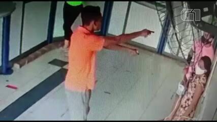 Assaltantes apontam armas para clientes de lotérica e roubam celulares em Massapê