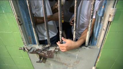 Em São Paulo, 5,4 mil presos foram soltos para evitar Covid-19 nas unidades até setembro; veja reportagem