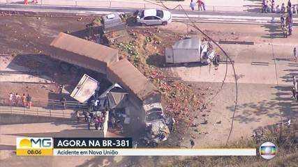 Acidente fecha BR-381 perto de Nova União