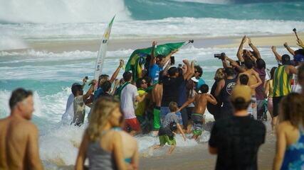 Adriano de Souza, o Mineirinho, anuncia aposentadoria após temporada 2021 de surf