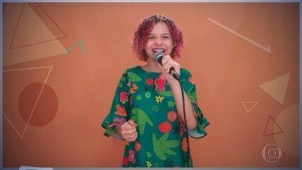 Analu Sampaio canta 'Upa Neguinho'