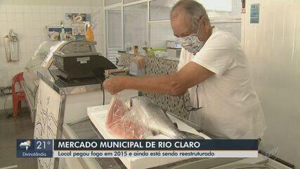 Cinco anos após incêndio, mercado municipal de Rio Claro ainda está sendo reestruturado