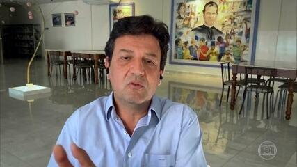 Henrique Mandetta critica falta de articulação com Paulo Guedes durante a pandemia